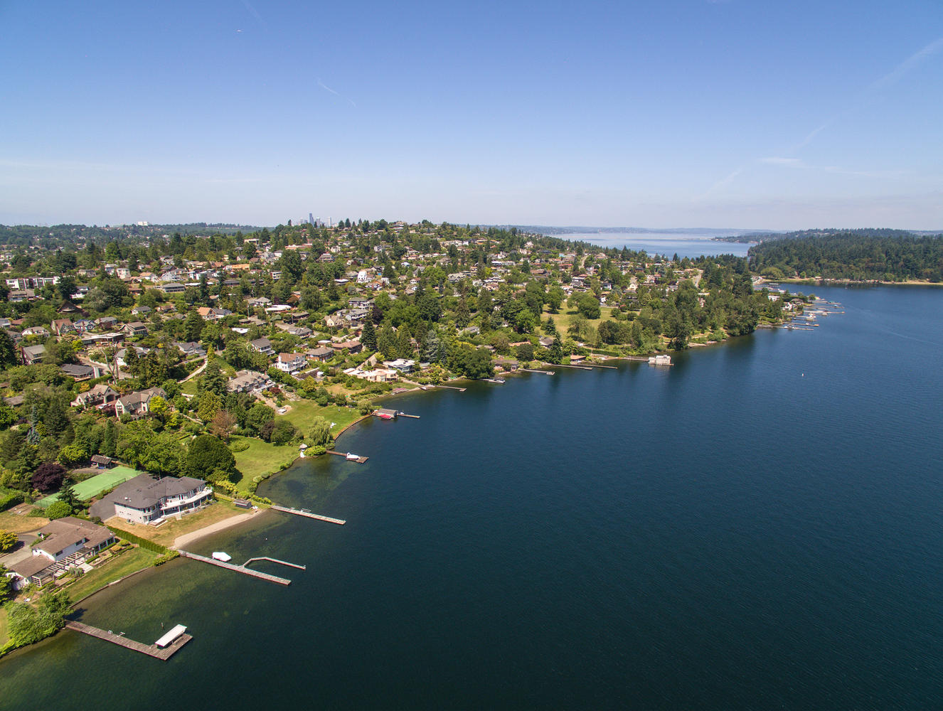 Lake Washington Waterfront - Double lot, no bank waterfront